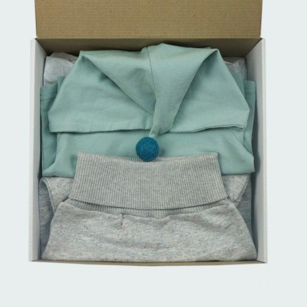 mint pom-pom newborn baby gift box