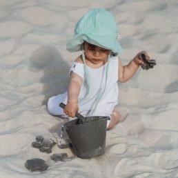 Charcoal grey silicone bucket